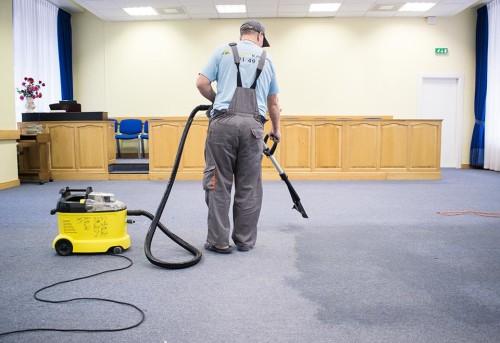 Картинки по запросу Чистка ковровых покрытий: как справиться с грязью
